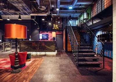 3johnreed_budapest_lounge_copyright-john-reed-600x350